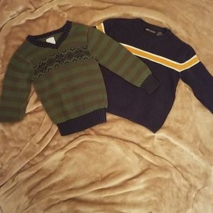 Shirts & Tops - Lot of 2 boys sweaters size 4T